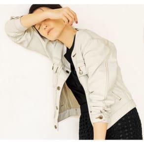 Moname/モナーム クルーネック デニムジャケットシリーズ オフホワイト