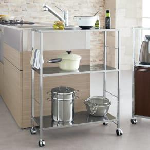 キャスター付ステンレス棚キッチン作業台 幅68cm