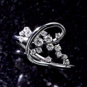 タイムレスプラチナ 0.3ctダイヤ デザイン リング
