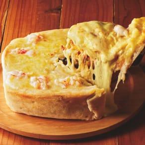 チーズたっぷり!海老のシカゴピザ (直径約18cm×高さ約5cm)