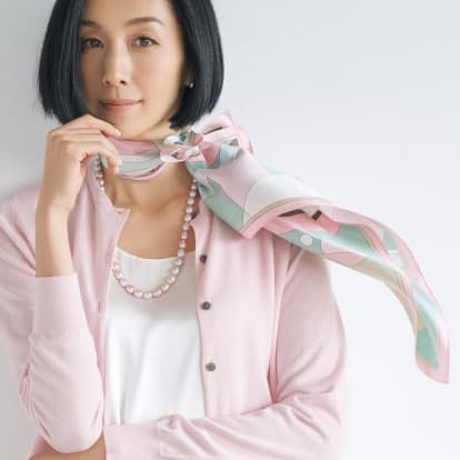 シルクツイル プリント スカーフ(66cm角)