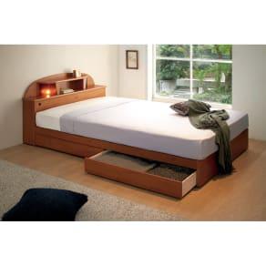 【セミダブル】 フランスベッド 棚・照明付ベッド 羊毛入りマットレス付