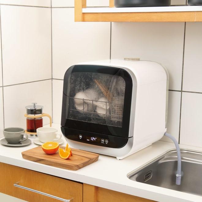 工事のいらない食器洗浄乾燥機 使用イメージ