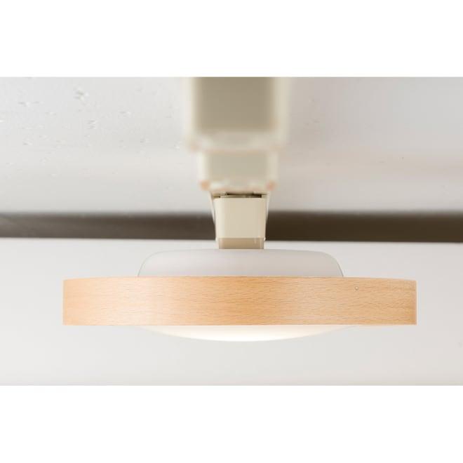 DOT LED 100 日本製のLEDライトで有名なSWANから一灯タイプのLEDシーリングライトが登場!廊下や玄関、クローゼットにピッタリのサイズ。間接照明を楽しみたい方にもおすすめです。(ア)ナチュラル