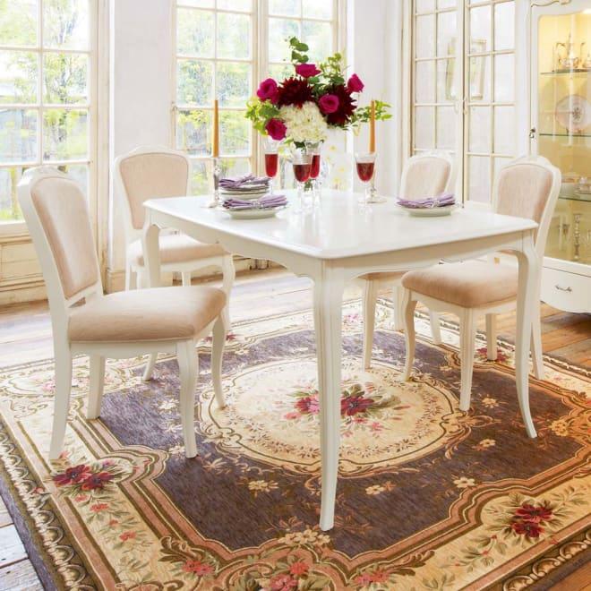 エレガントラインホワイト家具シリーズ テーブル・幅150cm コーディネート例 ※お届けはテーブル幅150cmです。