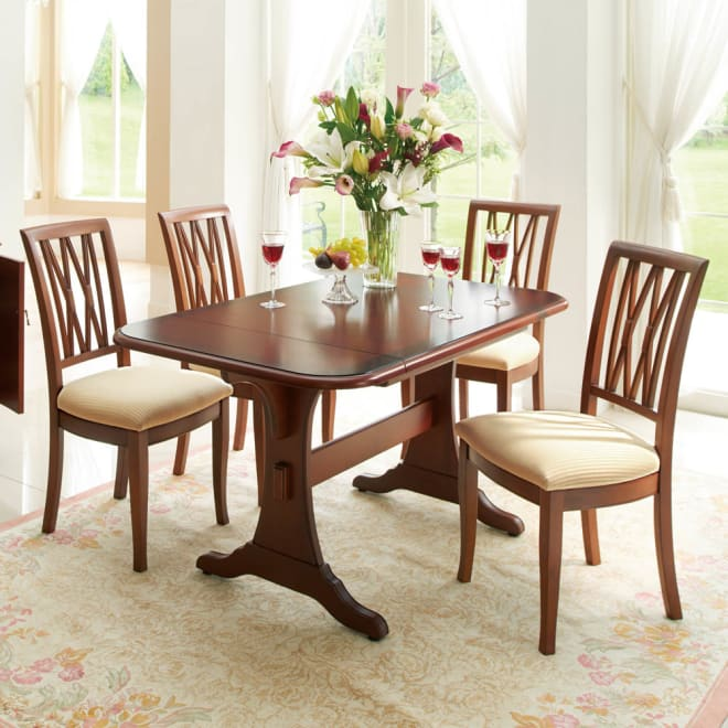 ベネチア調象がんシリーズ ダイニングテーブル(伸長式) コーディネート例(伸長時) ※お届けはダイニングテーブルです。