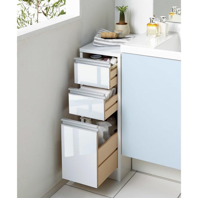 天板が使える すき間収納庫 ロータイプ・幅25cm 洗面所の微妙なすき間にぴったりの収納家具です。