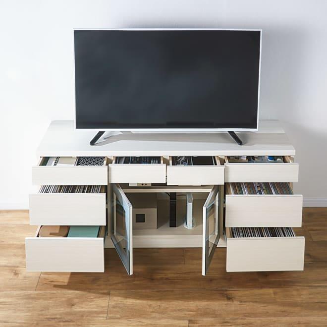 引き出しいっぱいテレビ台 引き出し8杯 幅150cm コーディネート例(ウ)ホワイト(木目) 引き出しいっぱいのテレビ台でDVDやリモコン、文具まで分類収納。