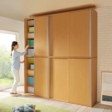 収納性が自慢の引き戸式本棚 幅90本体高さ228cm