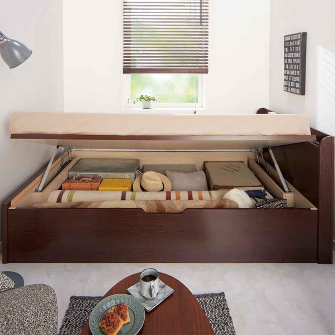 国産マットレス付きガス圧横開きベッド(ショート/レギュラー) 使用イメージ(イ)ダークブラウン ※写真はレギュラー・セミダブルです。