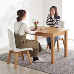 ナチュラルモダン伸長式オーク天然木ダイニングテーブル・幅110・150奥行75高さ70cm 使用イメージ≪テーブル通常時幅110cm≫ ※お届けはテーブルです。