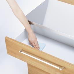 手元が隠せる間仕切りカウンター 幅90cm 引き出し内部も美しくお手入れしやすい化粧仕上げ。