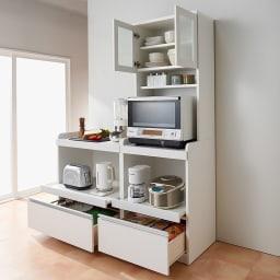 大型レンジが置ける家電収納庫 レンジキッチンカウンター・幅80cm 使用イメージ
