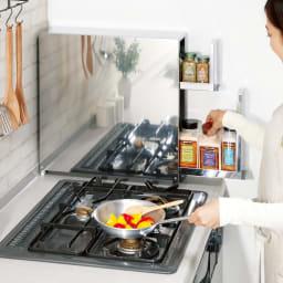 ステンレス製 大量スパイスステーション 2段 コンロの横に調味料があれば料理がテキパキはかどって時短に。
