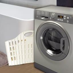 折りたたみバスケット2個セット 洗濯機の隙間にも収納できます。