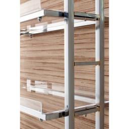 スタイリッシュランドリーラック 棚2段・バスケット2個 棚板は14cmピッチで調節できます。