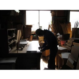 取り出しやすい2面オープンすき間収納庫 奥行44.5cm・幅15cm 国産老舗家具メーカーの熟練された職人がひとつずつ、丁寧に仕上げた商品です。