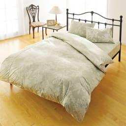 サテン織で質感UP!綿100%のダニゼロック枕カバー 普通判(同色2枚組) (イ)花柄グリーン ※こちらは枕カバー2枚組でのお届けになります。