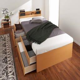 国産マットレス付き棚付省スペースベッド(ショート/レギュラー) 使用イメージ(ア)ナチュラル ※写真はレギュラー・幅98cmです。