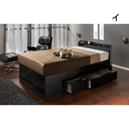 光沢が美しい収納チェストベッド ベッドフレームのみ 光沢感のあるブラックは、シックでモダンな印象。お部屋をセンス良くまとめてくれるベッドです。 ※写真はダブルサイズ。お届けはフレームのみとなります。