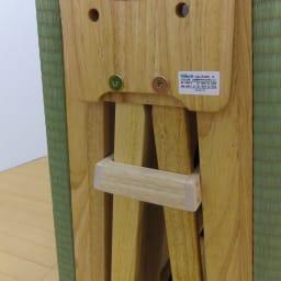 畳空間を簡単に演出できる折りたたみベッド ハイタイプ(棚なし) 開き留めストッパーは下に押し込んでご使用ください