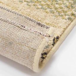 ベルギー製ウィルトン織りラグ〈ジーバ〉 [裏面](ア)グリーン系