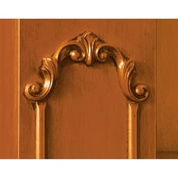 イタリア製クラシックシリーズ ブックシェルフ(飾り棚) フレームの両サイドに施された彫刻が格調高いアクセントに。