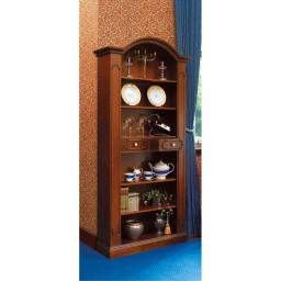 イタリア製クラシックシリーズ ブックシェルフ(飾り棚) 中央は引き出しになっているので、小物を収納できます。