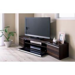 住宅事情を考えたコーナーテレビボード 幅123.5cm・左コーナー用(左側壁用) (イ)ダークブラウン木目の色見本 ※写真は幅165左コーナー用です。