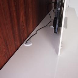 パモウナBW-200 輝く光沢のモダンリビングシリーズ テレビ台 幅200cm 天板にコード穴付きなので配線もごちゃつきません。