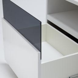 奥行44cm 生活感を隠すリビング壁面収納シリーズ テレビ台 ミドルタイプ 幅155cm デッキ収納部下の引き出しはDVDやブルーレイがたっぷり収納できる深型タイプです。