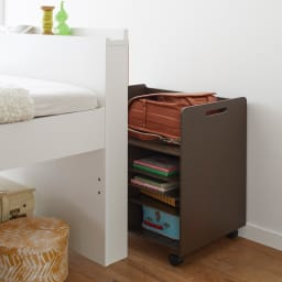 [国産] クローゼットで使えるランドセルラック ベッドと壁の隙間で使用すれば収納付きベッドのように。(ア)ダークブラウン