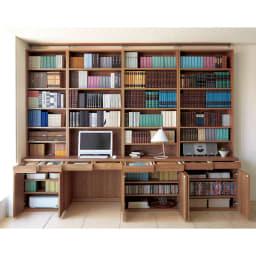 ホームライブラリーシリーズ デスク 幅60cm 高さ180cm 使用イメージ(ア)ブラウン ※こちらは突っ張りタイプです。※お届けする商品は高さ180cmタイプです。