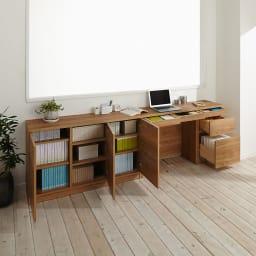 天然木調薄型コンパクトオフィスシリーズ 3枚扉キャビネット・幅120cm 収納イメージ ※お届けは一番手前の3枚扉キャビネットです。
