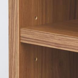 奥行60cm 脚下の棚が取り出しやすい ワイドデスクシリーズ 幅120cm(ワゴン2台付き) ワゴンの棚板は3cm間隔で高さ調節が可能。