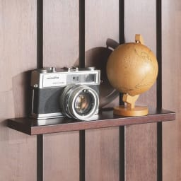金具がきれいに隠せる 天然木突っ張りウォール 幅44cm 取付金具が目立たない棚板。