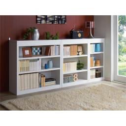 頑丈棚板がっちり書棚(頑丈本棚) ハイタイプ 幅90cm (ウ)ホワイト色見本 ≪組合せ例≫ ※写真は高さ80cmタイプです。高さ180cmタイプの転倒防止具は、金具ではなくバンドが付属します。