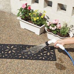 階段マット 3枚組 フラワー柄 汚れたら水洗いできます。