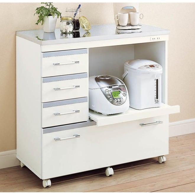 収納しやすいステンレストップカウンター 家電収納タイプ幅89cm 家電収納部のスライドテーブルは26cm前方へ。  炊飯器などが使いやすい。