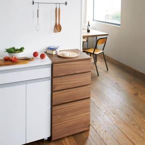 天然木キッチンすき間収納庫 幅45cm 写真
