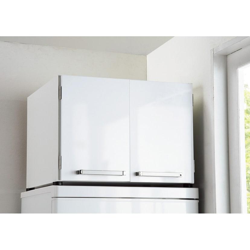 冷蔵庫 上 収納
