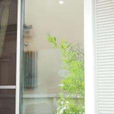 目隠しUVカット アルミ入ミラーのフィルム 90×100cm 1枚 写真