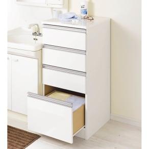 水回りでも安心の光沢洗面所チェスト ロータイプ・幅44.5cm 写真