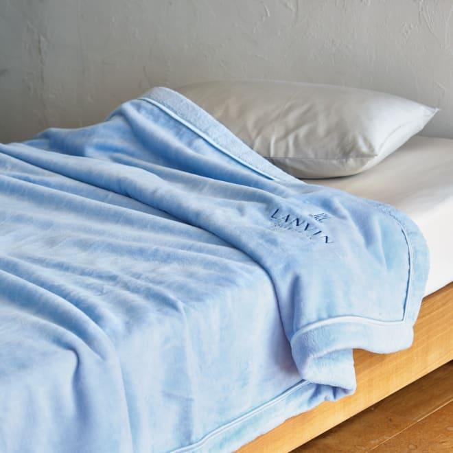 LANVIN綿毛布 リヴィエールドゥ (イ)ブルー (※お届けは綿毛布です)