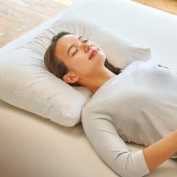 寝る前にマッサージ気分 ネックリラックスピロー 普通判 寝ながらにして枕でマッサージ気分!