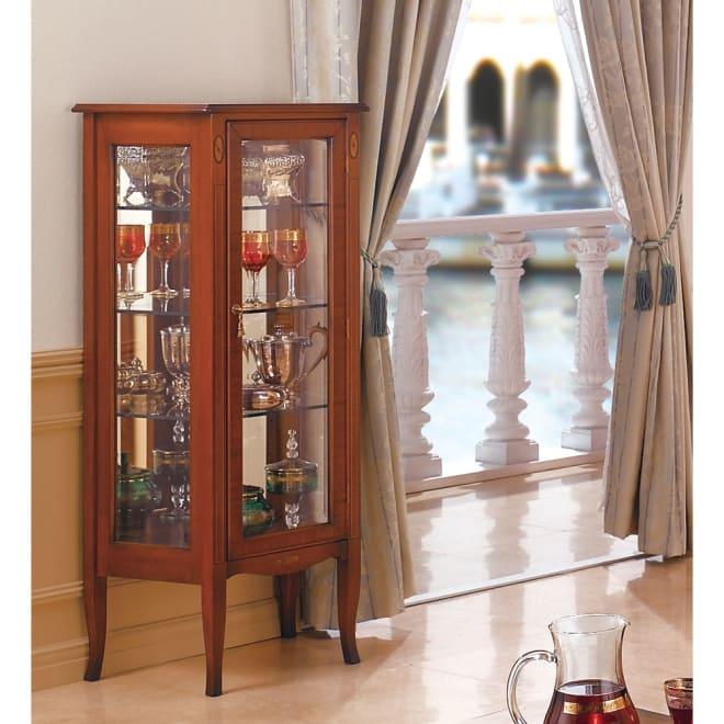 ベネチア調象がんシリーズ キュリオケース 大事なコレクションをシリーズでコーディネートできるガラスケース。マホガニーを贅沢に使用した逸品。