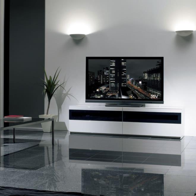 パモウナBW-180 輝く光沢のモダンリビングシリーズ テレビ台 幅180cm 使用イメージ(ア)ホワイト