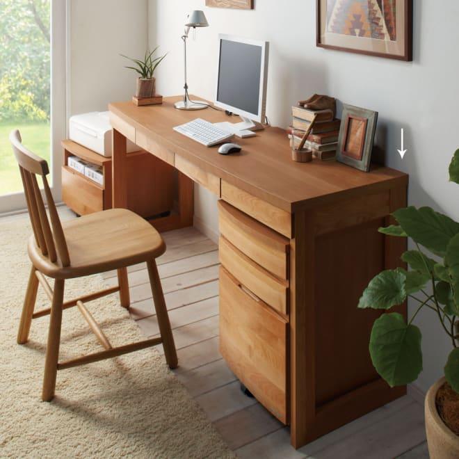 アルダー天然木 アールデザインデスクシリーズ デスク・幅160.5cm ≪組合せ例≫ ※お届けはデスク幅160.5cmです。
