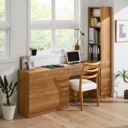 天然木調薄型コンパクトオフィスシリーズ 2枚扉キャビネット・幅80cm 使用イメージ ※お届けは一番左の2枚扉キャビネットです。