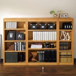 頑丈棚板がっちり書棚(頑丈本棚) ミドルタイプ 幅80cm (ア)ライトブラウン 写真は、ミドルタイプ幅40cm、60cm、80cmの組み合わせ例です。